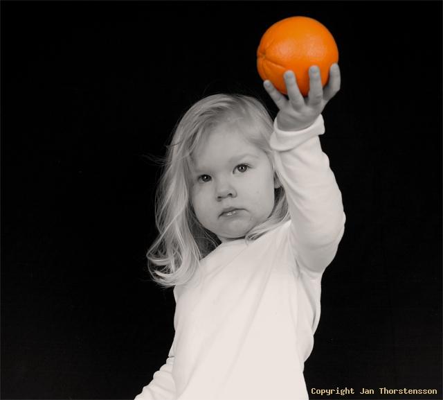 Julia och apelsinen